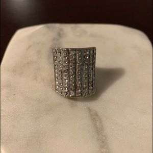 Jewelry - Vintage Rhinestone Bling Ring